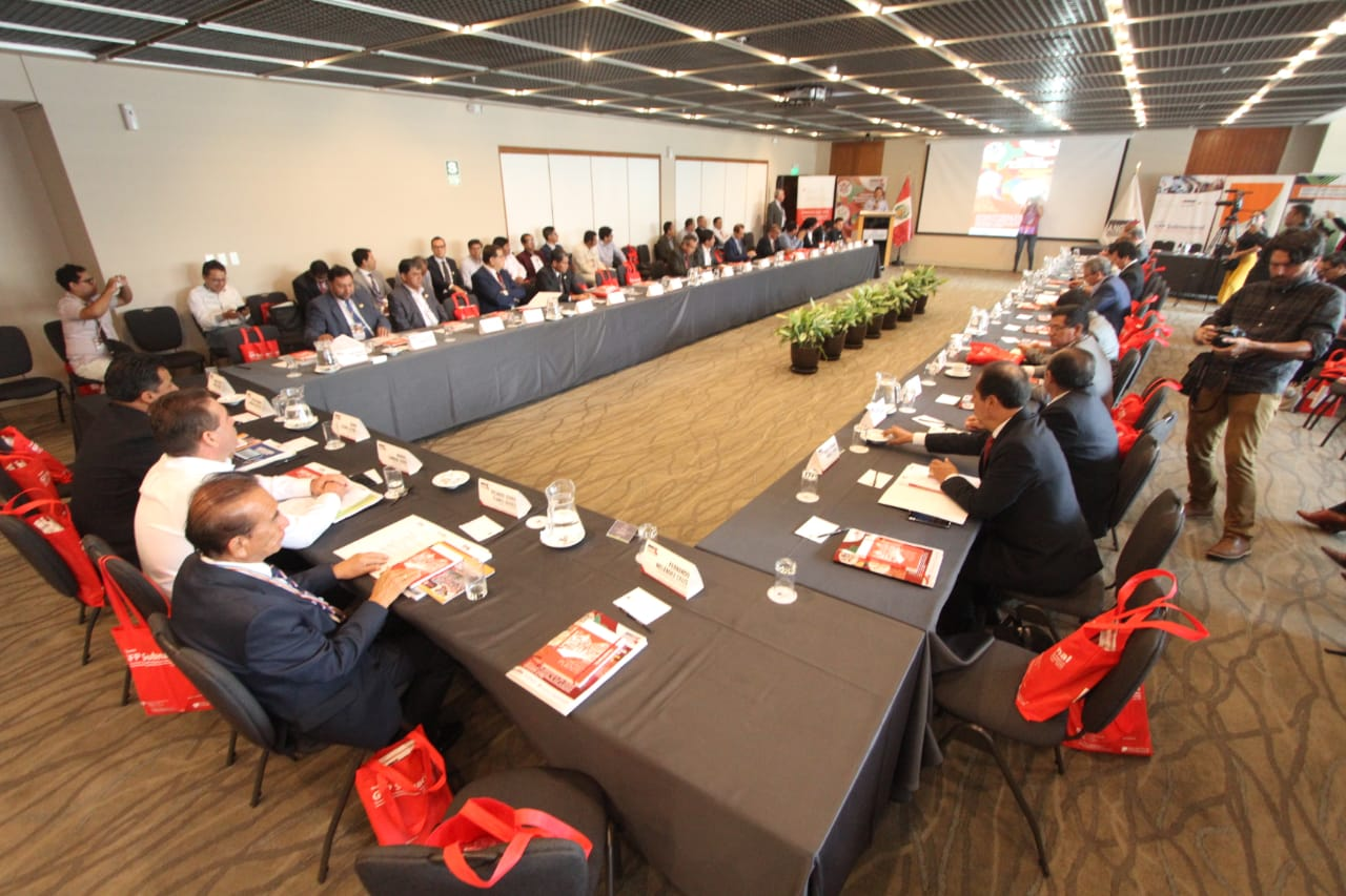 Regional governor meeting in Peru