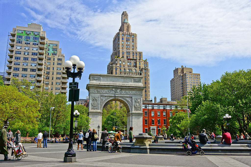 Washington Square Park. Photo by Jean-Christophe Benoist [https://creativecommons.org/licenses/by/3.0)]